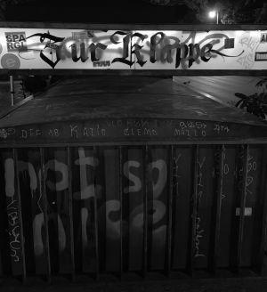 Dystopian x Zur Klappe #15